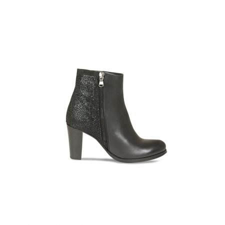 Lisa Kay Robin Black Leather Heeled Ankle Boots