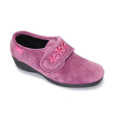 Lunar Paula Pink Velvet Wedge Slippers