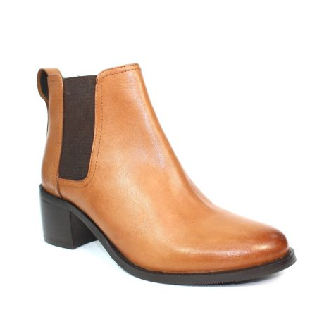 Lunar Lismore Tan Leather Boots